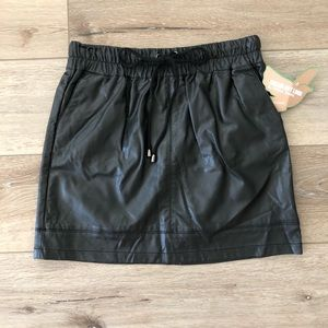 Faux Leather Skirt With Pockets Never Worn